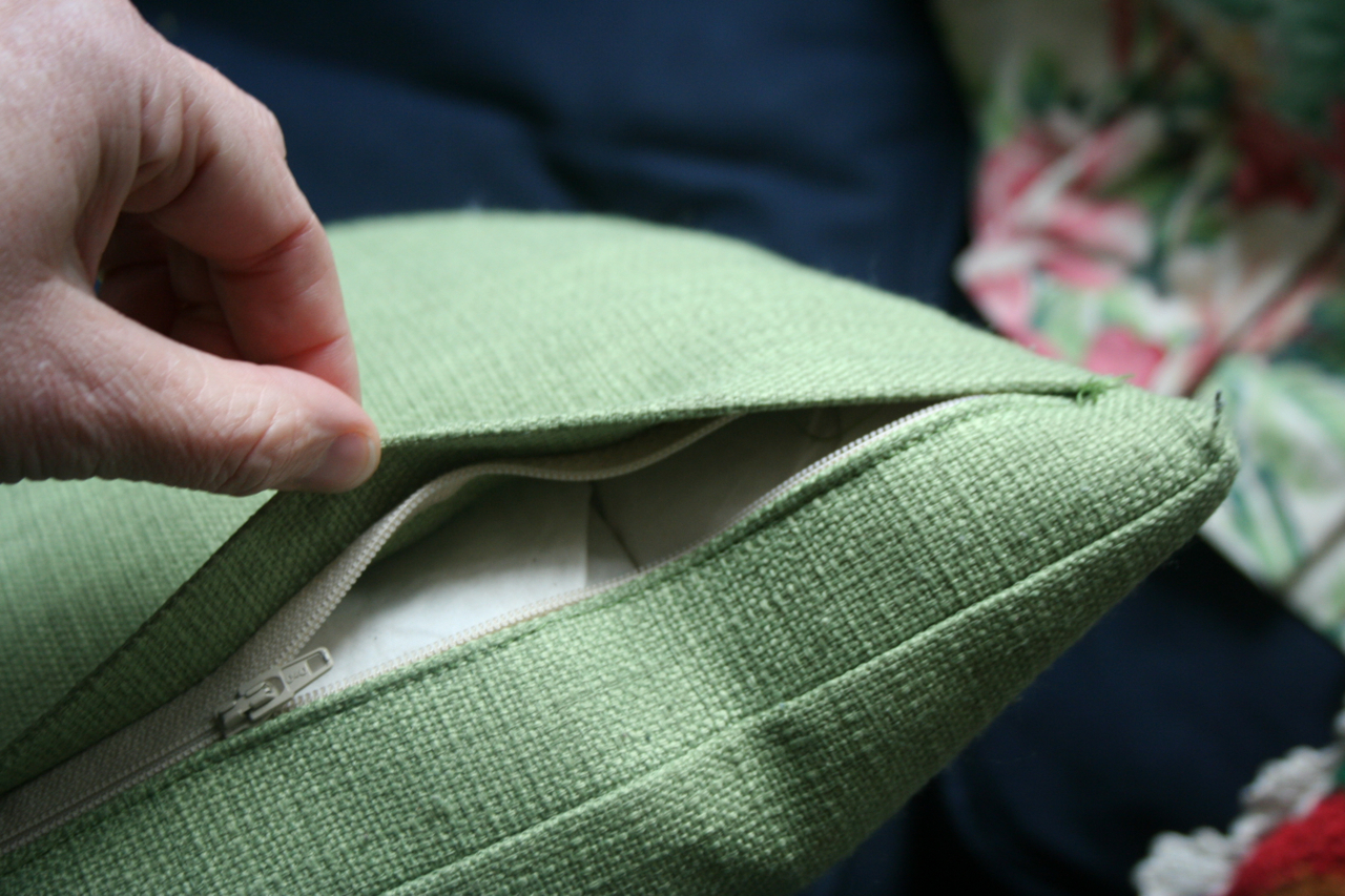 How To Clean Outdoor Cushions Cushion Factory