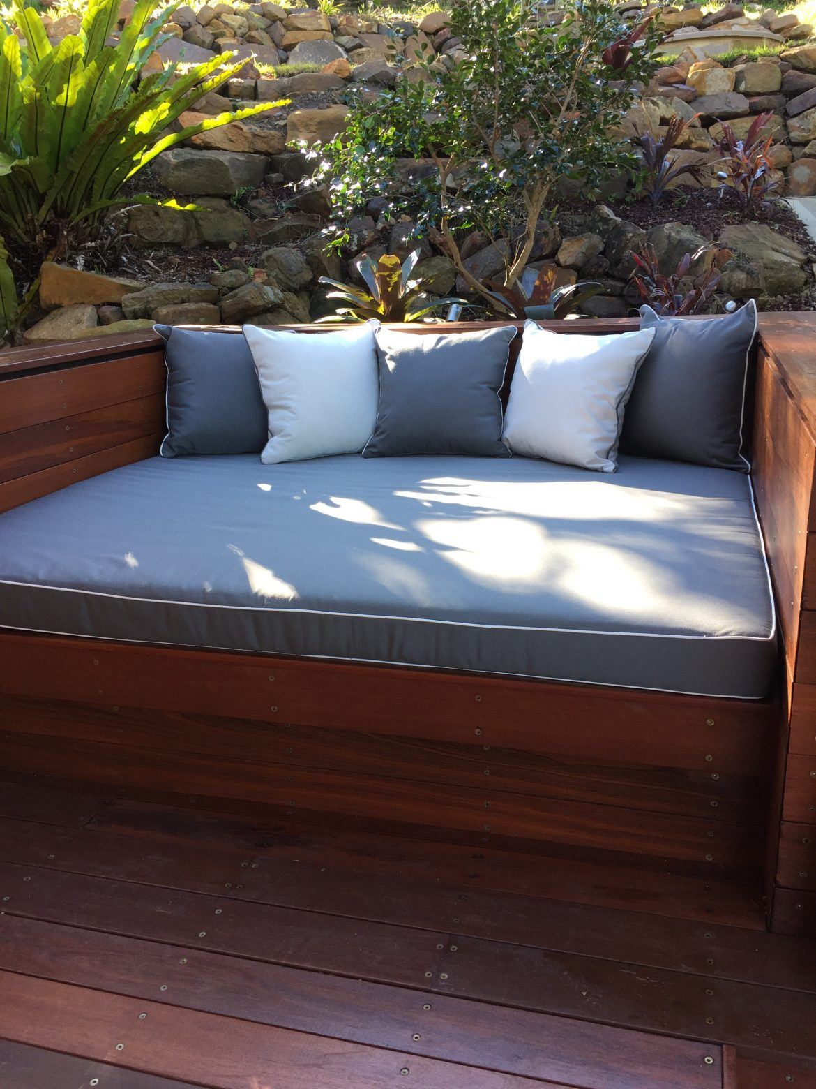 Tremendous What Is The Best Fabric For An Outdoor Bench Cushion Sydney Caraccident5 Cool Chair Designs And Ideas Caraccident5Info