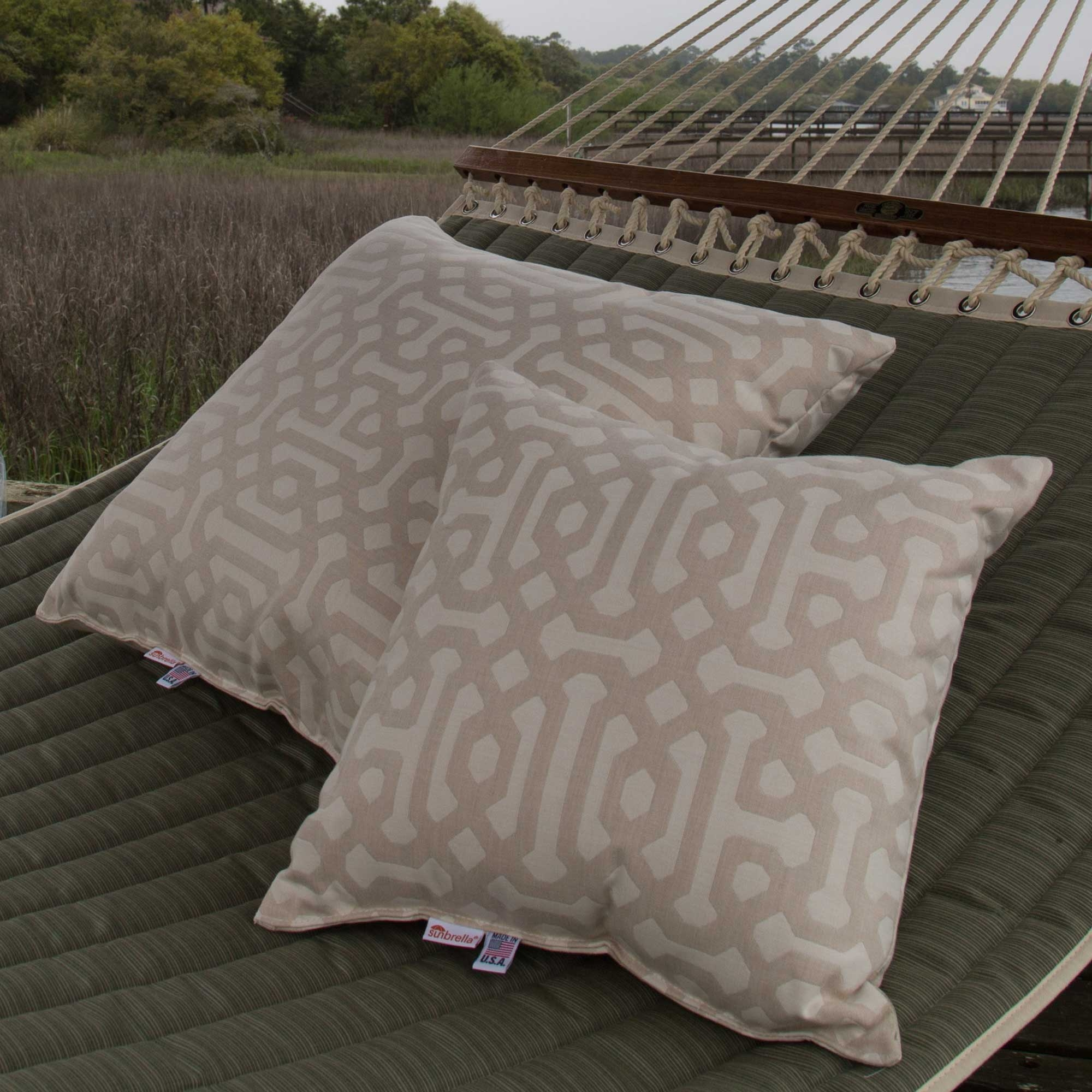 Throw Pillow Trends 2015 : 2016 Colour Trends For Outdoor Cushions - Cushion Factory