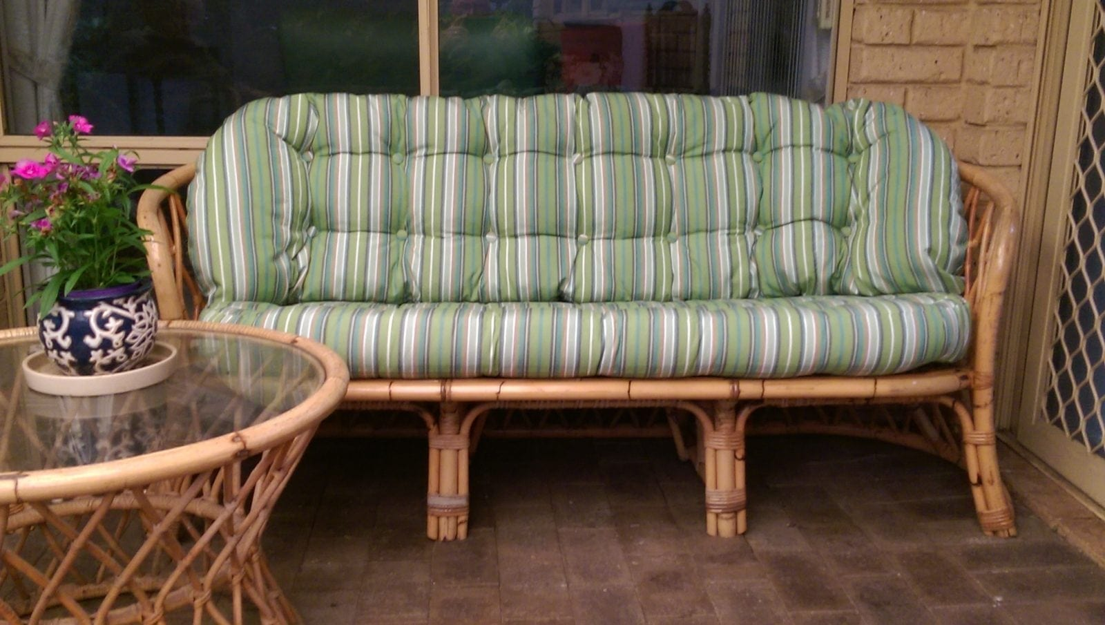 outdoor bench cushions Melbourne